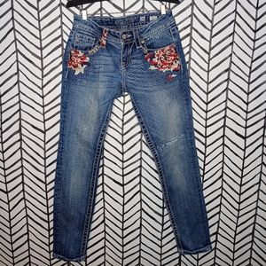 Miss Me Signature Skinny Jeans Embroidery